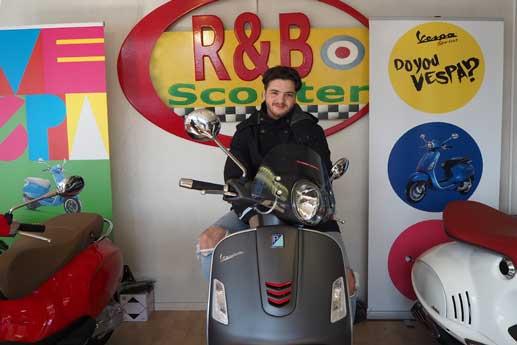 r&b-scooter-logo-lawin